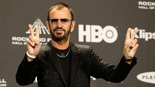 """Ringo Starr in """"Ruhmeshalle des Rock"""" aufgenommen (Bild: AP)"""