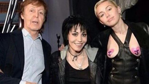 Miley Cyrus mit Joan Jett und Paul McCartney (Bild: Viennareport)