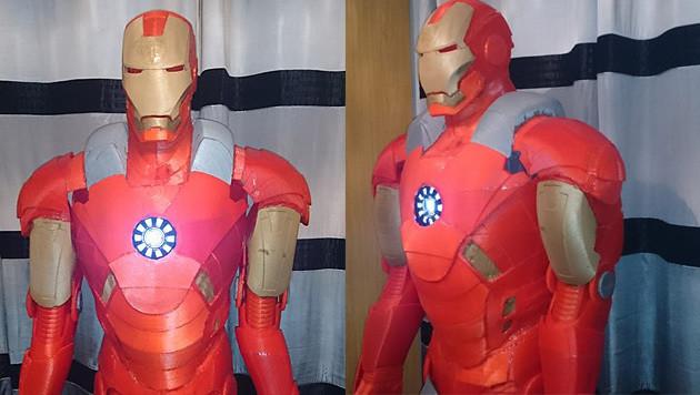 Brite druckt sich seinen eigenen Iron Man (Bild: Facebook/Ross Wilkes)