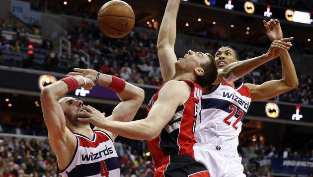 Die Toronto Raptors und Washington Wizards lieferten sich ein heißes Duell. (Bild: AP)