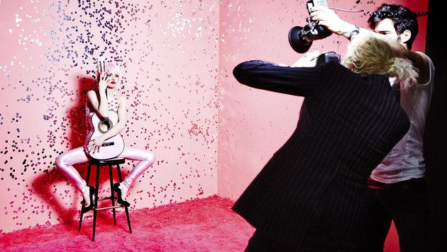 Josefine Preuß vor der Kamera von Ellen von Unwerth (Bild: Ellen von Unwerth)