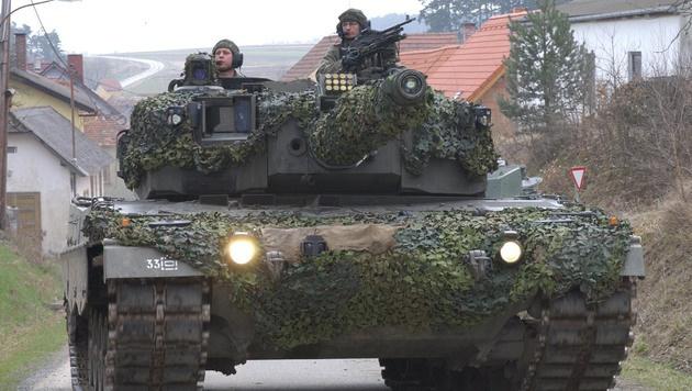 """Sicherheitsrisiko bei """"Leopard 2""""-Panzern (Bild: APA/BUNDESHEER/GUNTER PUSCH)"""