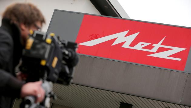 Chinesen kaufen TV-Hersteller Metz aus der Pleite (Bild: APA/EPA/DANIEL KARMANN)
