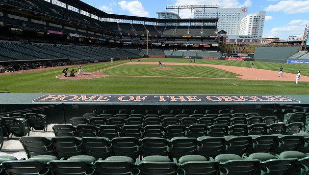 Baltimore-Randale: MLB-Hit vor leeren Rängen (Bild: AP)