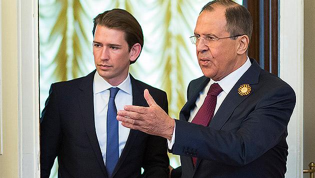 Kurz wirft russischen Medien Propaganda vor (Bild: AP)