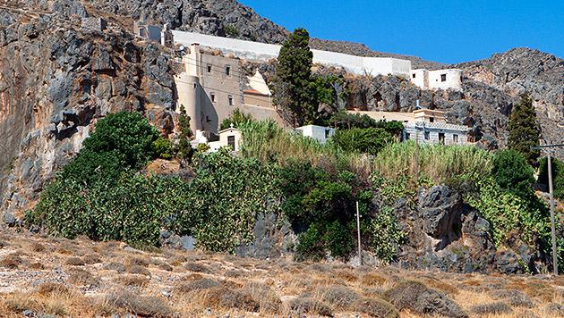 Nahe dem Kapsa-Kloster auf Kreta öffnet sich die 3,5 Kilomter lange Schlucht. (Bild: thinkstockphotos.de)