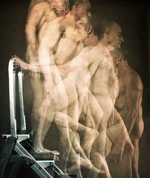 nach Marcel Duchamp (Bild: Costa, Frankl, Lumongsod, Mule, Priyma, Sebok, Vaynerman)