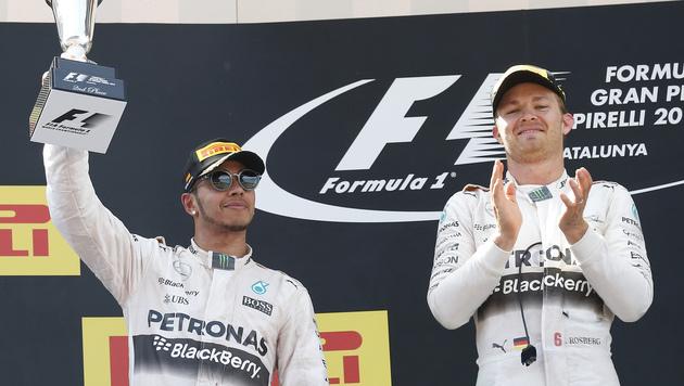 Hamilton: Keine Aussprache mit Rosberg! (Bild: AP/Manu Fernandez)