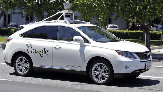 Google-Autos passen jetzt besser auf Radfahrer auf (Bild: AP)