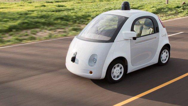 Google bringt selbstfahrenden Autos das Hupen bei (Bild: Google)