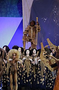 Die Eröffnung des Life Balls widmete sich ganz dem Künstler Gustav Klimt. (Bild: Klemens Groh)