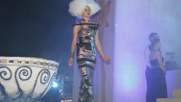 Die Modenschau von Jean Paul Gaultier (Bild: ZWEFO)