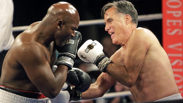 Direkte Treffer waren beim Fight zwischen Holyfield und Romney eher selten. (Bild: AP)