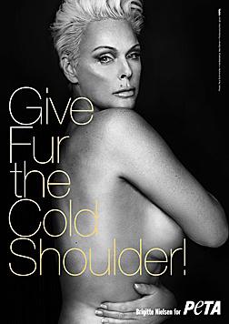 Brigitte Nielsen zog ebenfalls für den Tierschutz blank. (Bild: peta.ort)