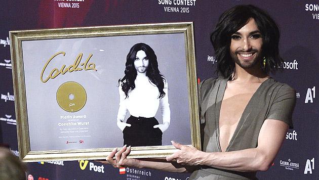 """Conchita Wurst hat für ihr Debüt """"Conchita"""", das am 15. Mai erschienen ist, Platin erhalten. (Bild: APA/EPA/ROBERT JAEGER)"""