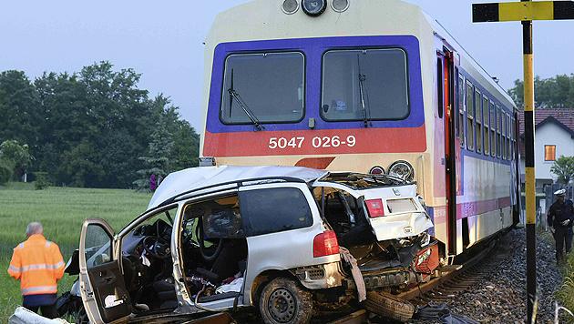 Bei dem dramatischen Unfall in Purgstall starben fünf Menschen. (Bild: APA/Paul Plutsch)