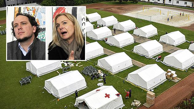 Ein Zeltlager des Innenministeriums; kleines Bild: die ÖHV-Präsidenten Hoch und Reitterer (Bild: APA/ALEXANDER SCHWARZL, APA/HERBERT PFARRHOFER)