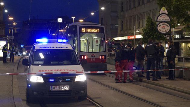 Der Streit in der Straßenbahn eskalierte bei der Station Johnstraße, wo es zu den Schüssen kam. (Bild: APA/HANS PUNZ)