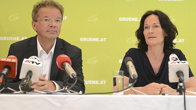 Landesrat Anschober und Grünen-Chefin Eva Glawischnig (Bild: APA/Helmut Fohringer)
