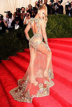 Heiße Einblicke am Red Carpet gewährt regelmäßig die Sängerin Beyonce. (Bild: AFP)