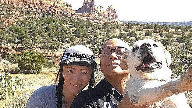 Gemeinsam mit seiner Verlobten reiste DJ Thomas Neil Rodriguez durch die USA - hier in Arizona. (Bild: Instagram/Pohthedogsbigadventure)
