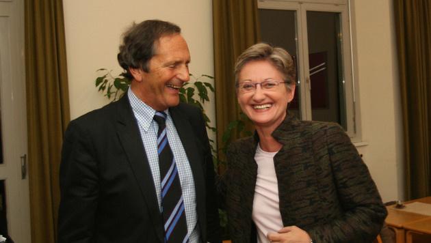 Bernd Schilcher mit Ex-Unterrichtsministerin Claudia Schmied (Bild: Christian Jauschowetz)