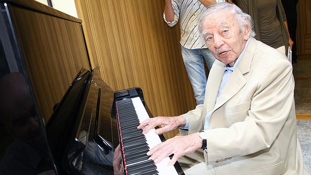 Karl Wlaschek starb am 31. Mai 2015 und hinterließ ein Milliarden-Erbe. (Bild: APA/DANIEL RAUNIG)
