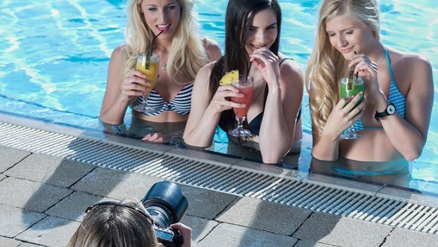 Die Missen beim Shooting mit Heli Mayr (Bild: Miss Austria Corporation)