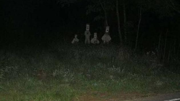 Diese Gestalten am Straßenrand lehren jeden Passanten das Fürchten...