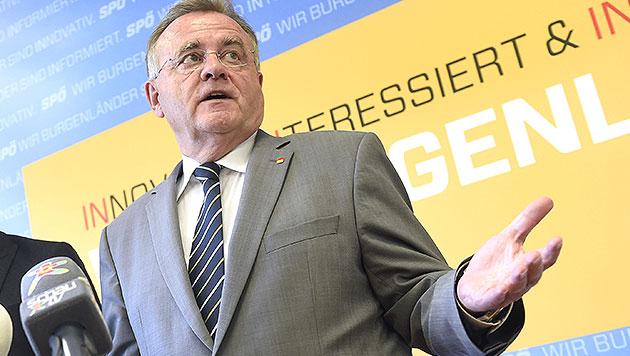 Innerparteiliche Kritik prallt an Niessl ab (Bild: APA/HELMUT FOHRINGER)