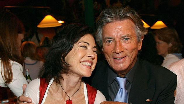 Anja Kruse und Pierre Brice (Bild: dpa/Ursula Düren)