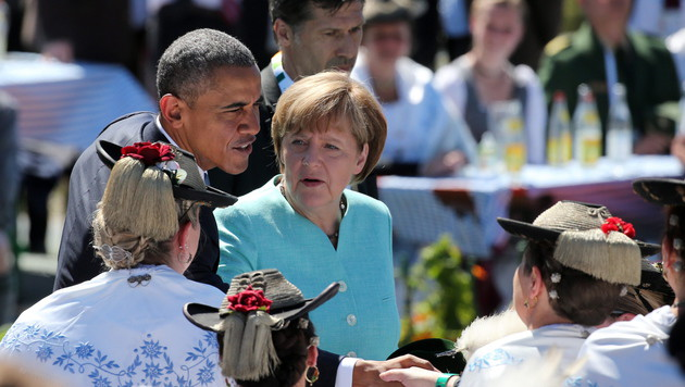 Obama reist im November noch einmal zu Merkel (Bild: APA/EPA/DANIEL KARMANN/POOL)