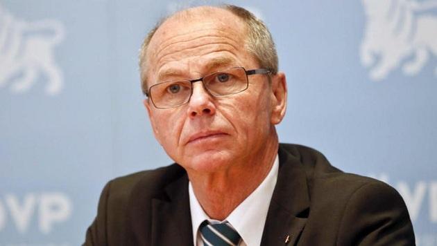 Finanzreferent Christian Stöckl (ÖVP) muss bis Herbst noch 40 Millionen für das Budget auftreiben. (Bild: Markus Tschepp)