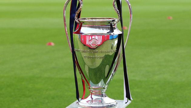 Worum's letztlich geht: der CL-Pokal! (Bild: GEPA)