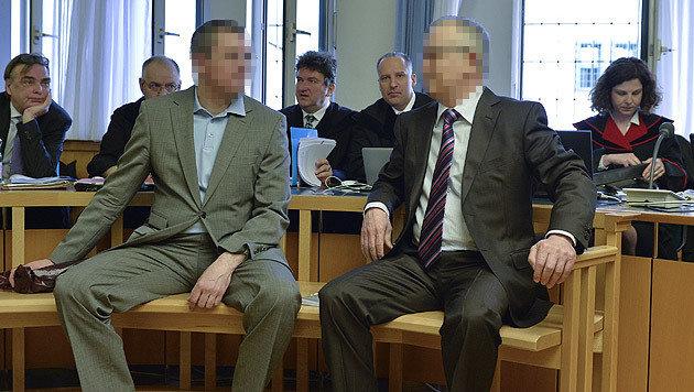 Vadim Koshlyak (links) und Alnur Mussayev im Straflandesgericht in Wien (Bild: APA/HERBERT NEUBAUER)