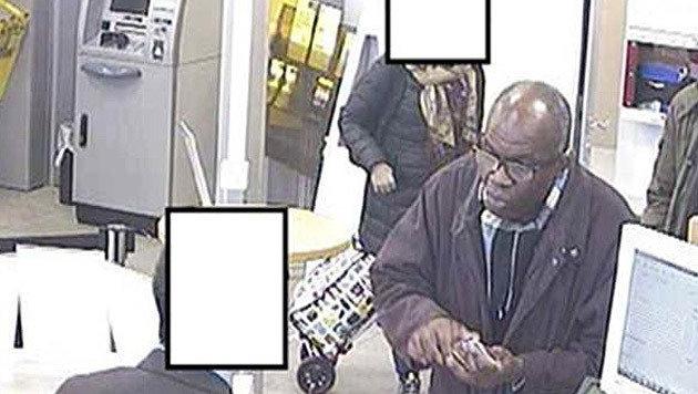 Der gesuchte Mann wird der Geldwäscherei verdächtigt. Die Polizei bittet um Hinweise. (Bild: Polizei)