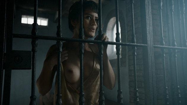 """Rosabell Laurenti Sellers als verführerische Sandschlange Tyene Sand in """"Game of Thrones"""" (Bild: Viennareport)"""