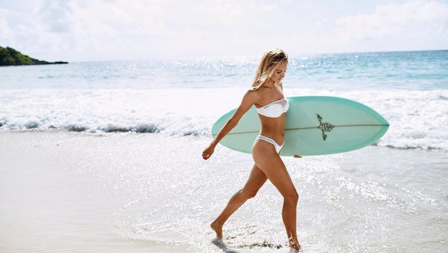 Bikinis mit Netzoptik sind heuer im Trend. (Bild: Victoria's Secret)