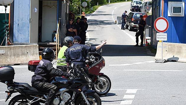 Bilderberg-Gipfel in Tirol hermetisch abgeriegelt (Bild: APA/ANGELIKA WARMUTH)