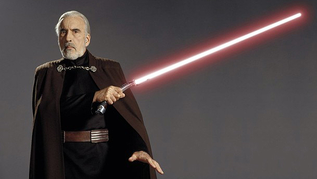 """Auch die legendäre """"Star Wars""""-Reihe kam nicht ohne Christopher Lee aus - hier als Count Dooku. (Bild: starwars.com)"""