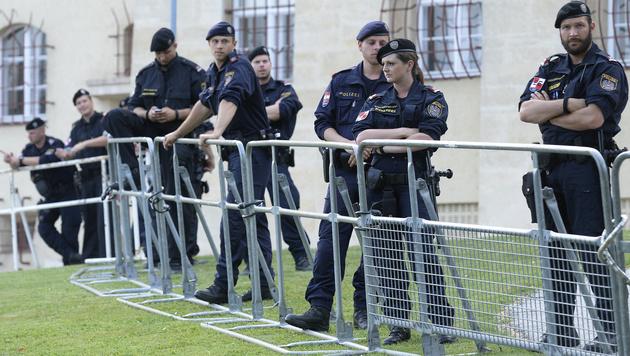 """Gegner: """"Keine ruhige Minute"""" für Koalition (Bild: APA/ROBERT JAEGER)"""