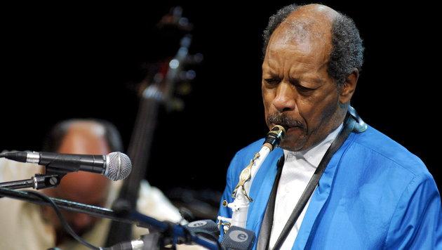 Jazzlegende Ornette Coleman gestorben (Bild: APA/EPA/TOMASZ PACZOS)