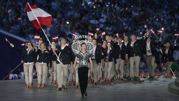 Das österreichische Team (Bild: APA/EPA/MAXIM SHIPENKOV)