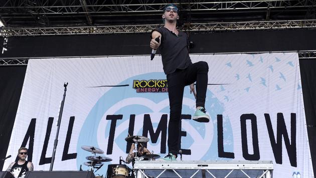 All-Time-Low-Sänger Alex Gaskarth (Bild: APA/HERBERT P. OCZERET)