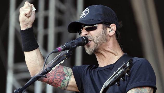 Sully Erna, Sänger der US-Band Godsmack (Bild: APA/EPA/HERBERT P. OCZERET)