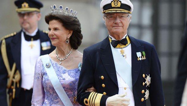 Königin Silvia und König Carl XVI. Gustaf (Bild: AFP)