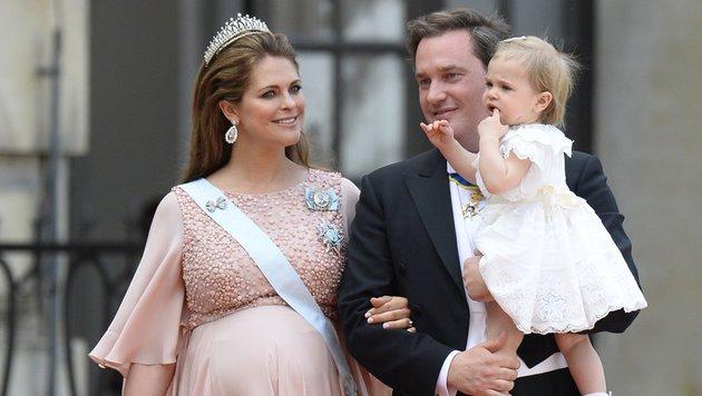 Prinzessin Madeleine mit Tochter Leonore und Ehemann Chris O'Neill (Bild: AFP)