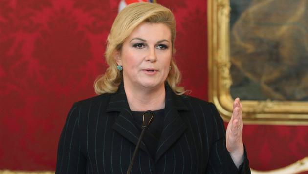 Kolinda Grabar-Kitarovic beim Pressegespräch in Wien (Bild: AP)