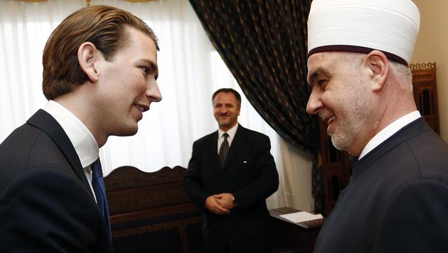 Außenminister Sebastian Kurz traf in Sarajevo den bosnischen Großmufti Husein Kavazovic. (Bild: AUSSENMINISTERIUM/DRAGAN TATIC)