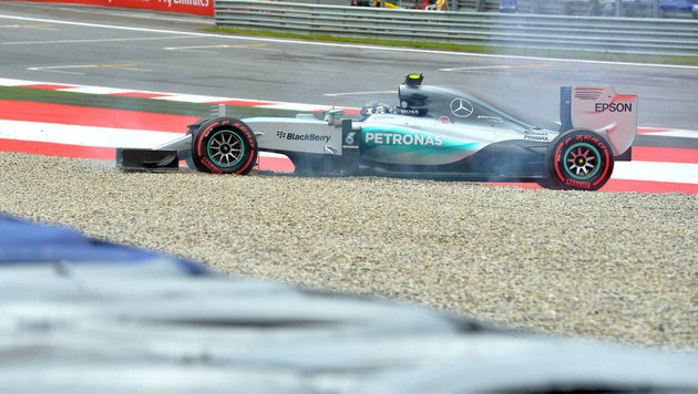 Hamilton schnappt sich Pole-Position in Spielberg (Bild: AP)